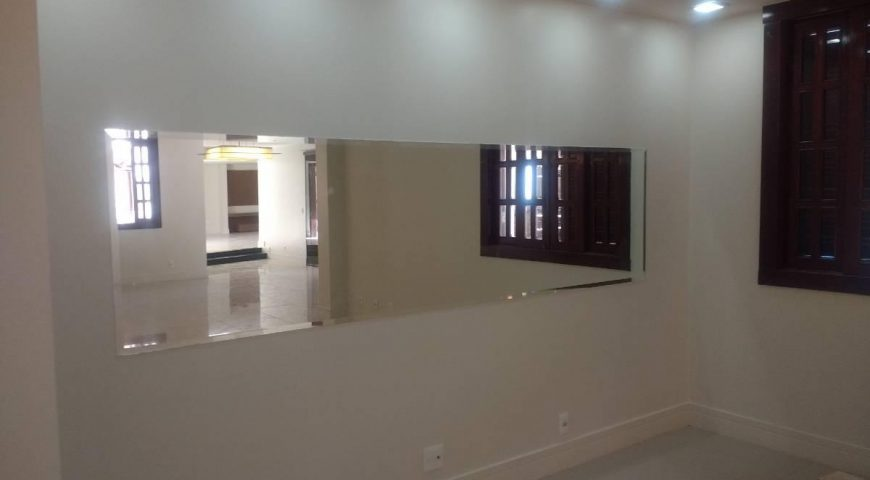 Shis Qi 15 Chácara 27 – Linda Casa para Grandes Escritórios